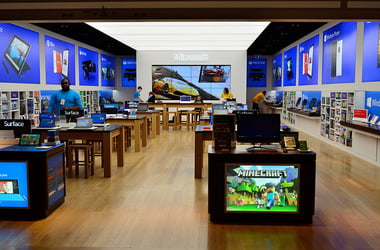 Where are Microsoft Store games saved on Windows 10?