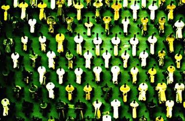 How to encrypt sensitive data in Windows 10?